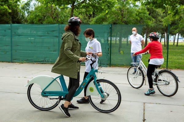 İSPARK, İsbike Bisiklet Okulu ile 10 Bin Kişiye Eğitim Verecek