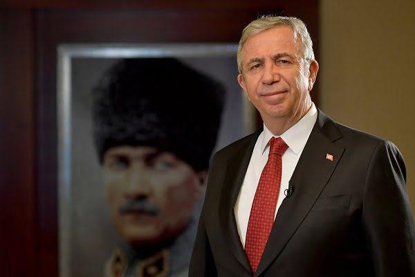 """Mansur Yavaş'a """"2021 Dünya Belediye Başkanı Başkent Ödülü"""""""