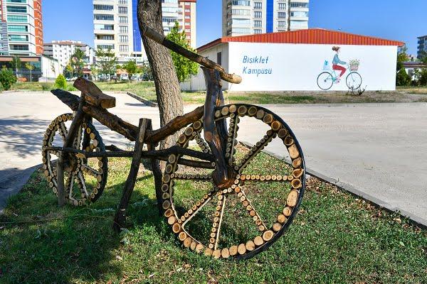 Başkent'te Bisiklet Ulaşımının Tüm Operasyonları Bisiklet Kampüsü'nde Yürütülecek