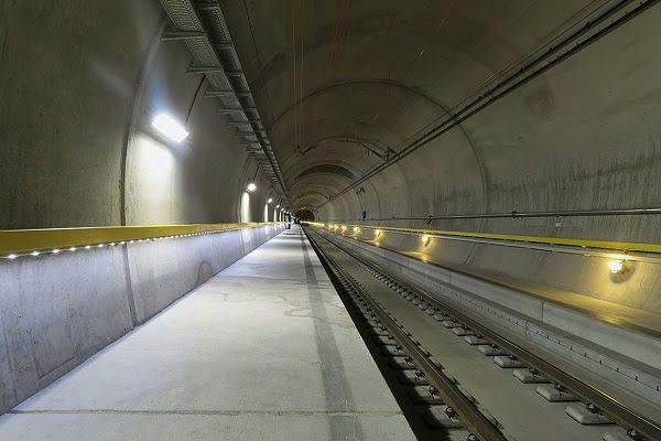 Dünyanın En Uzun ve En Derin Demiryolu Tünelinde Türk İmzası