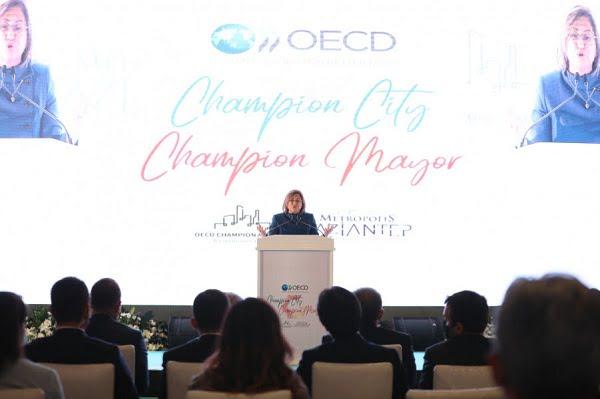 İşte Türkiye'nin İlk Şampiyon Belediye Başkanı