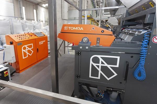 Burkasan, Yeni Plastik Geri Dönüşüm Tesisinde TOMRA Ayıklama Makinelerini Kullanıyor